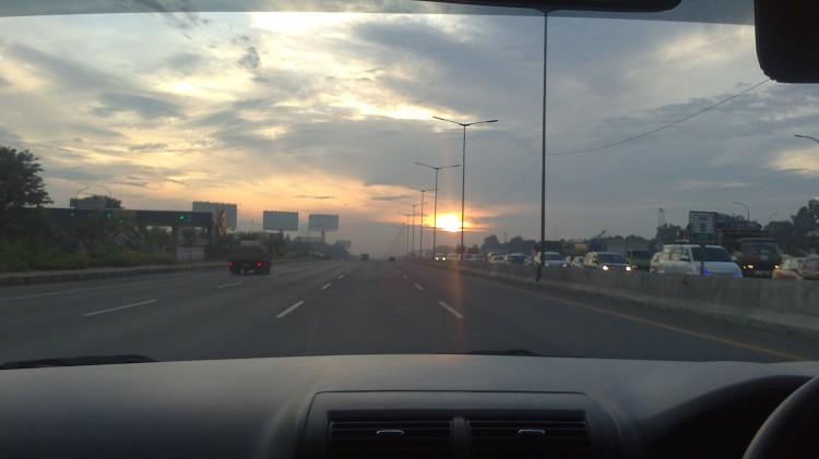 Perjalanan ke Bandung. credit: alfan nasrulloh